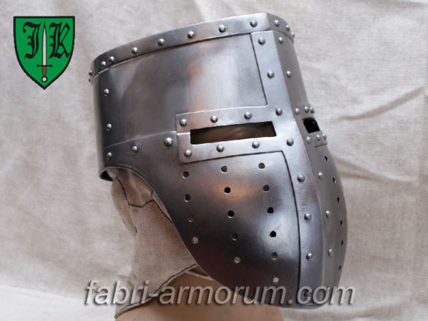 Templar helmet